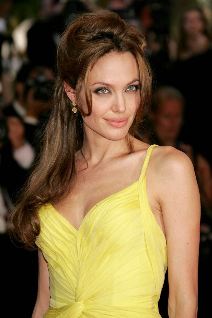 Angelina Jolie Hairstyles | Awesome Hair Cuts! | Pinterest For Angelina Jolie Short Hairstyles (View 7 of 25)
