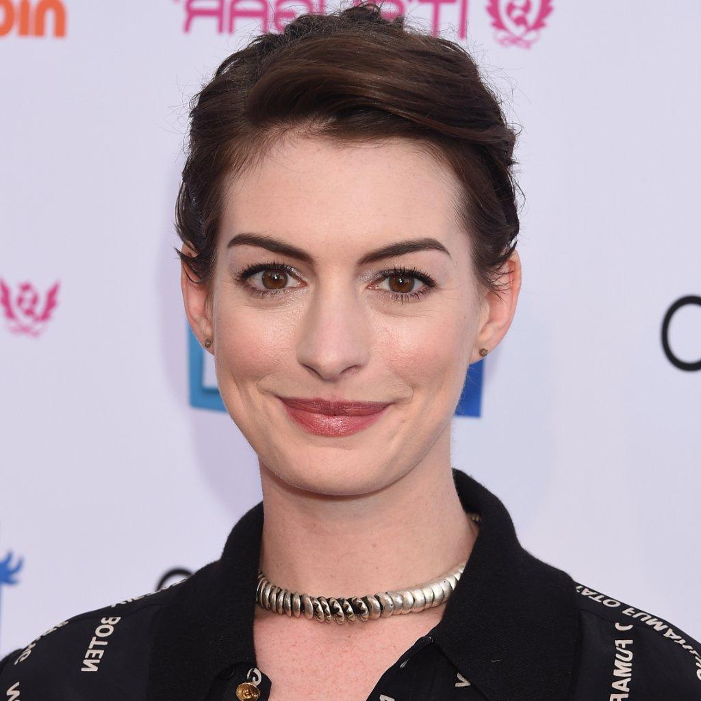 Anne Hathaway Best Pixie Hairstyles | Popsugar Beauty Regarding Anne Hathaway Short Hairstyles (Gallery 15 of 25)