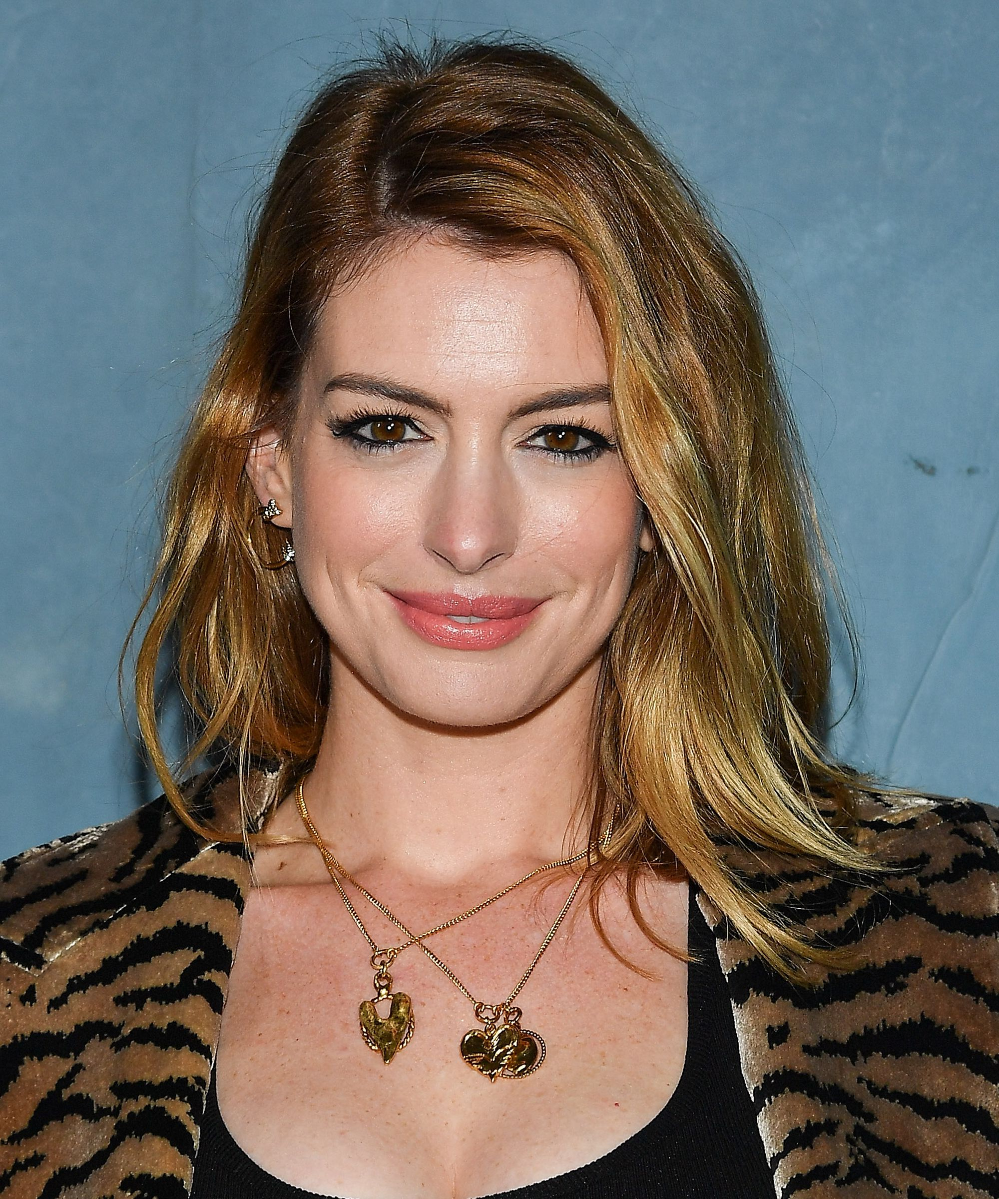 Anne Hathaway Hair And Makeup Looks Over The Years In Anne Hathaway Short Hairstyles (Gallery 22 of 25)