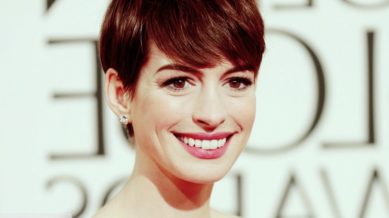 Anne Hathaway Short Hairstyles – Youtube Throughout Anne Hathaway Short Haircuts (View 12 of 25)