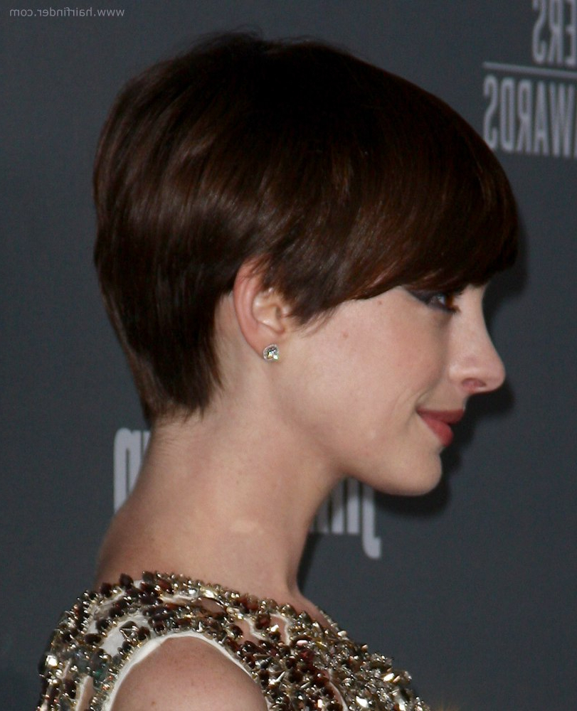 Anne Hathaway | Slightly Grown Out Pixie Haircut With Heavy Beveled Throughout Anne Hathaway Short Hairstyles (Gallery 14 of 25)