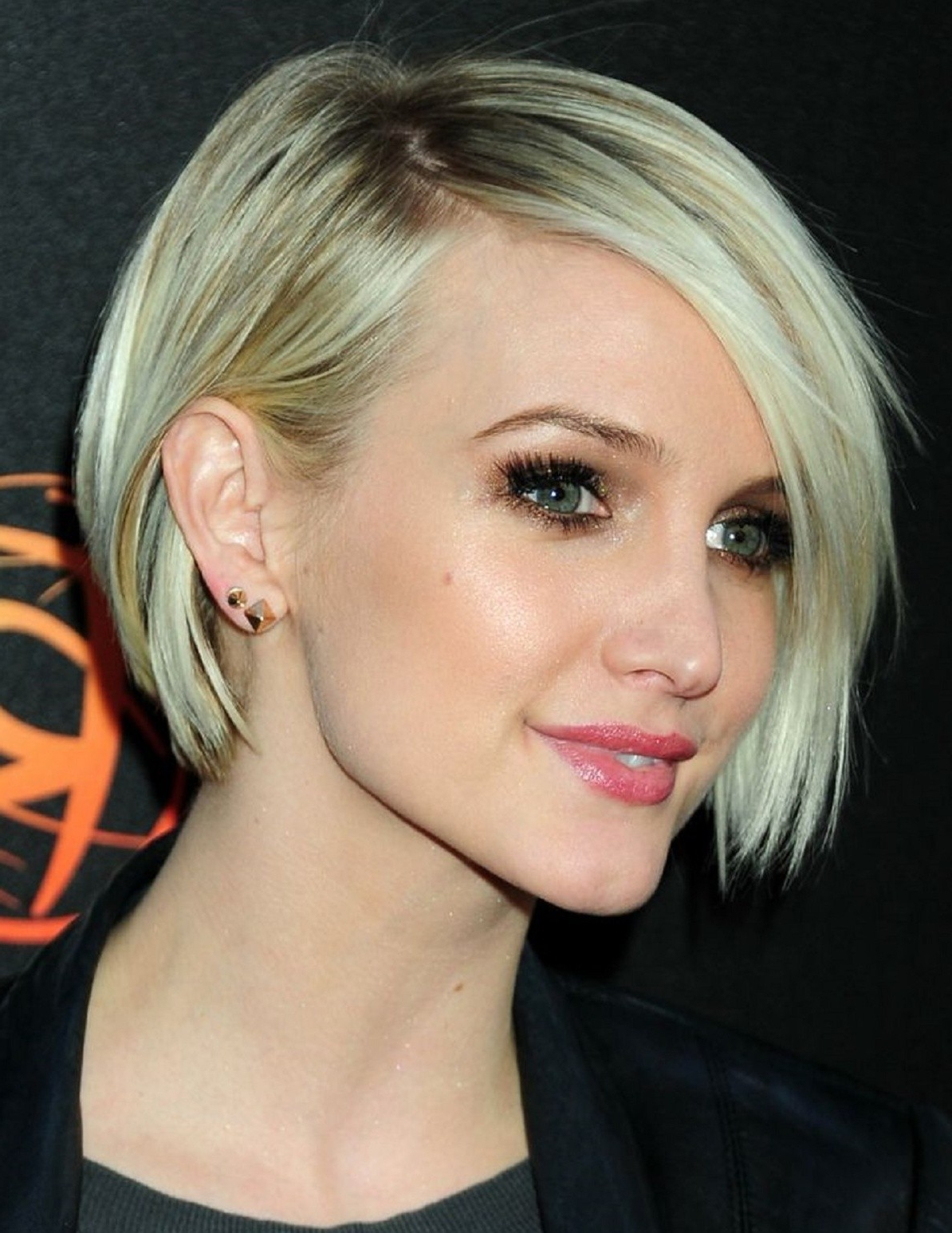 Ashlee Simpson Lace Front Short Synthetic Bob Wigs, Ashlee Simpson Intended For Ashlee Simpson Short Haircuts (Gallery 3 of 25)