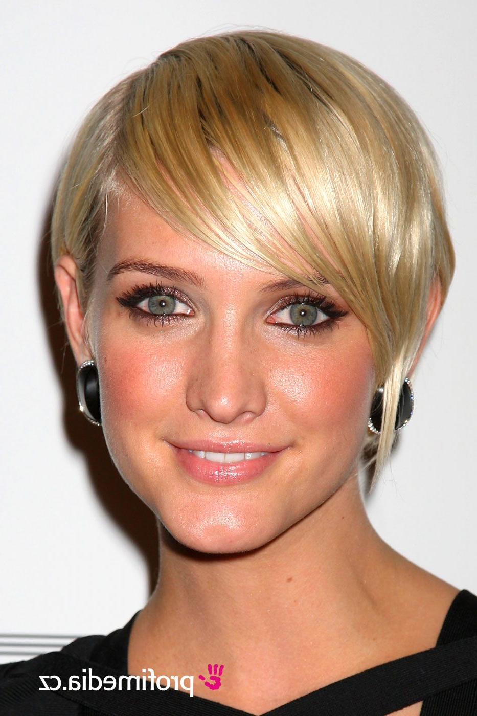 Ashlee Simpson Wentz | Hair | Pinterest | Ashlee Simpson And Short Within Ashlee Simpson Short Hairstyles (Gallery 7 of 25)