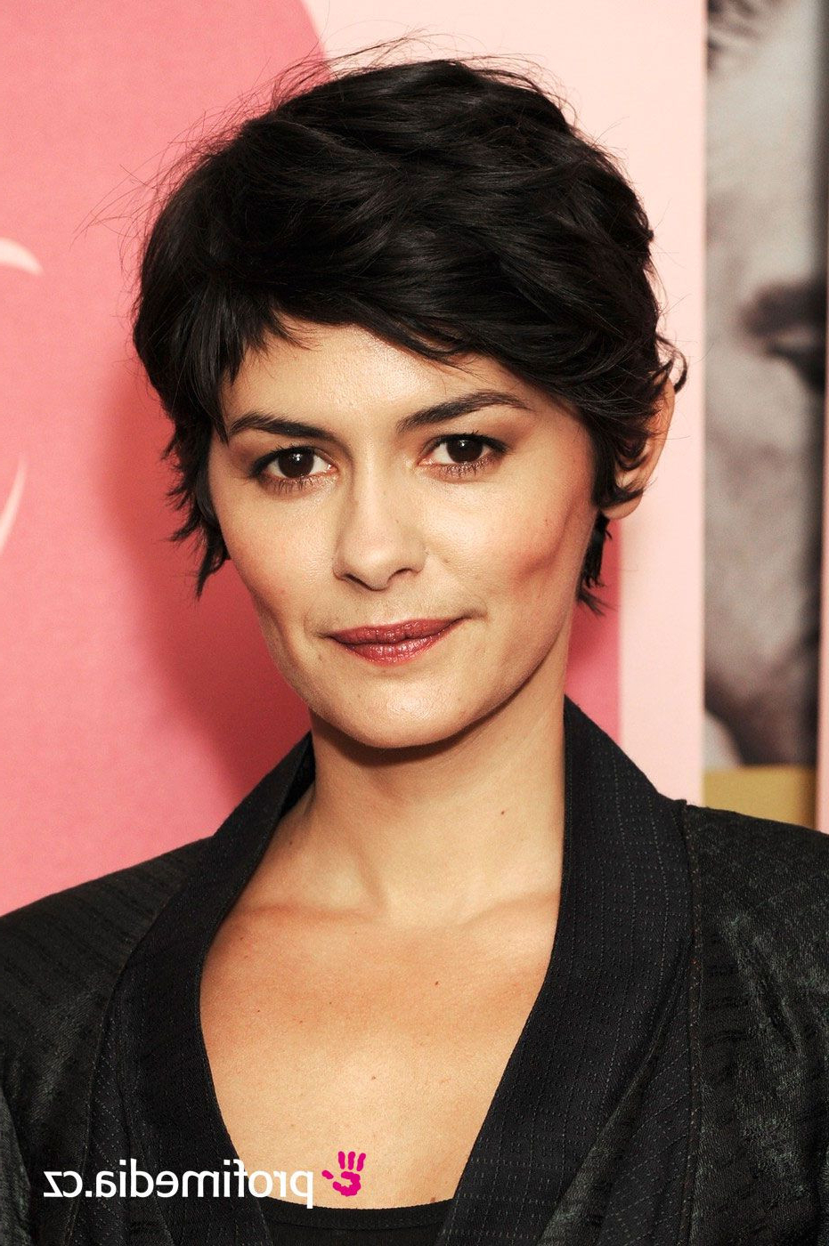 Audrey Tautou Short Hairstyles Lovely Audrey Tautou Celebrity ºä Es Throughout Audrey Tautou Short Haircuts (View 11 of 25)