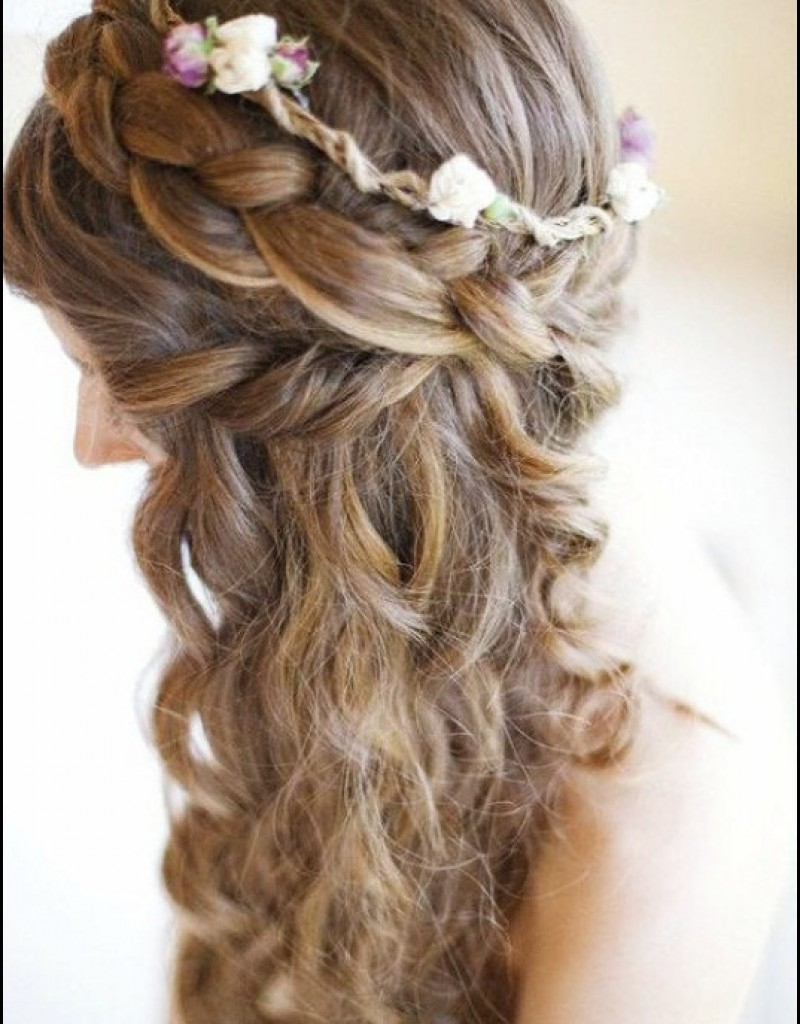 Beach Hairstyles For Short Hair On Wedding Day Hairstyles For Short Inside Beach Hairstyles For Short Hair (View 13 of 25)