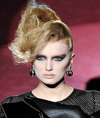 Beauty Trend: Sculpted '80S Hair Pertaining To Sculptural Punky Ponytail Hairstyles (View 12 of 25)