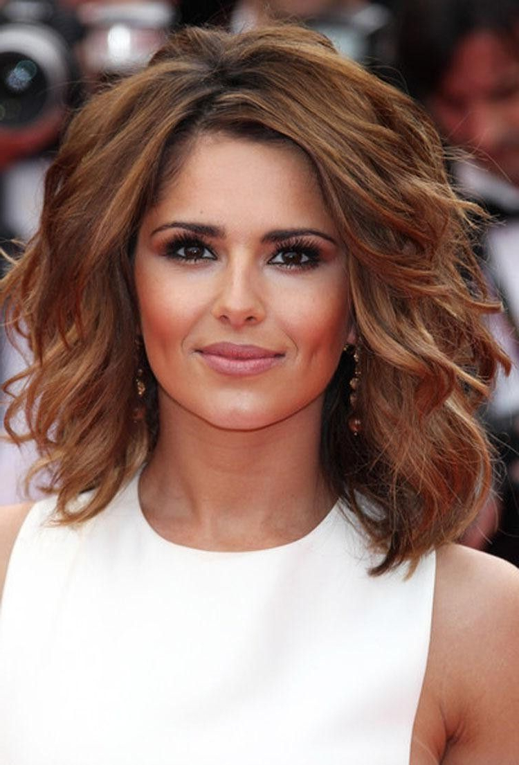 Featured Photo of Medium Short Haircuts For Thick Wavy Hair