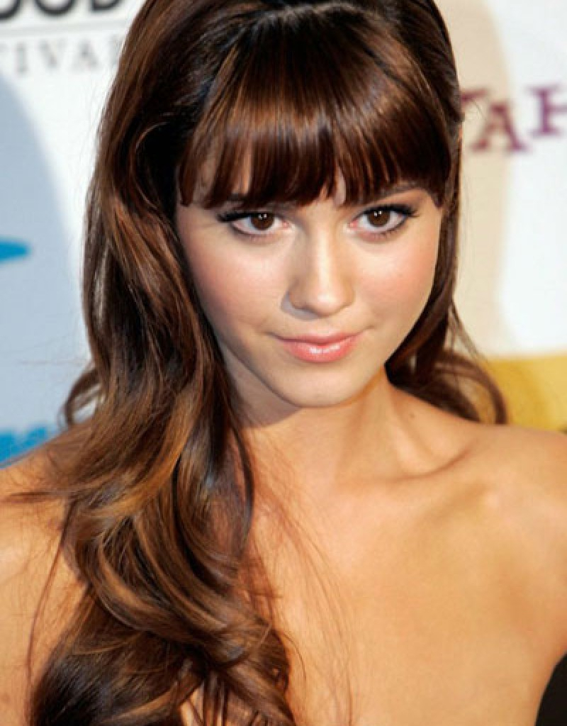Best Haircuts For Petite Faces Inside Short Hairstyles For Petite Faces (View 20 of 25)