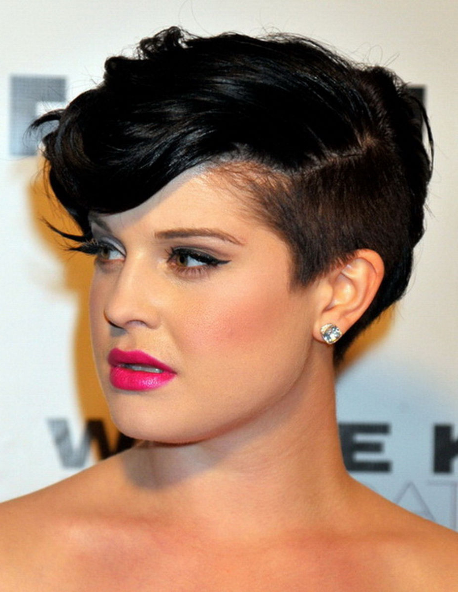 Best Hairstyles For Round Faces | Hirerush Blog Regarding Edgy Short Hairstyles For Round Faces (View 12 of 25)