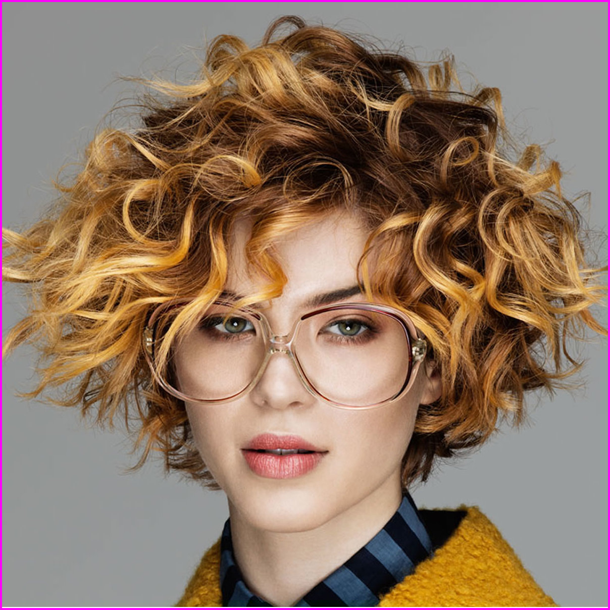 Best Short Haircuts For Curly Hair & Round Face 2019 – Best Short With Regard To Short Hairstyles For A Round Face (View 19 of 25)