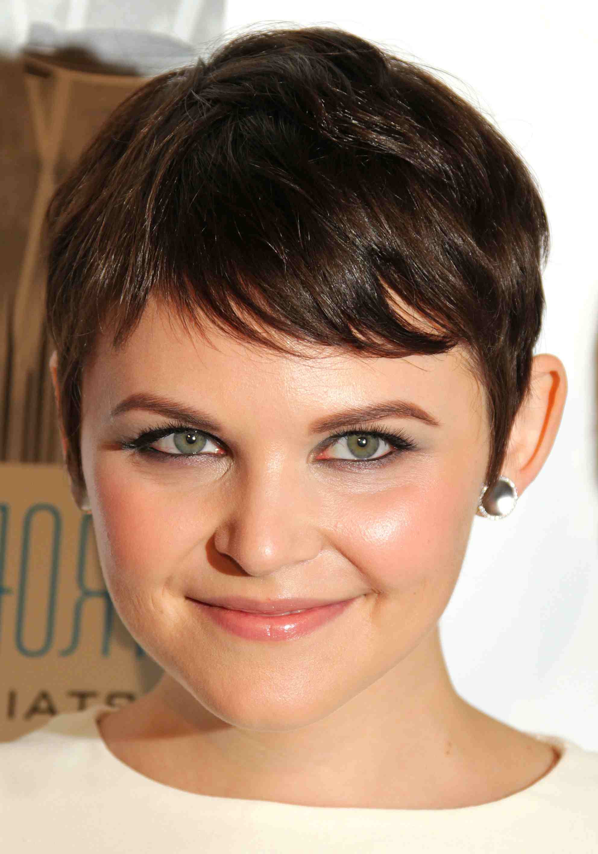 Best Short Hairstyles For Heart Shaped Faces Elegant 15 Flattering Pertaining To Short Hairstyles For Heart Shaped Faces (View 8 of 25)