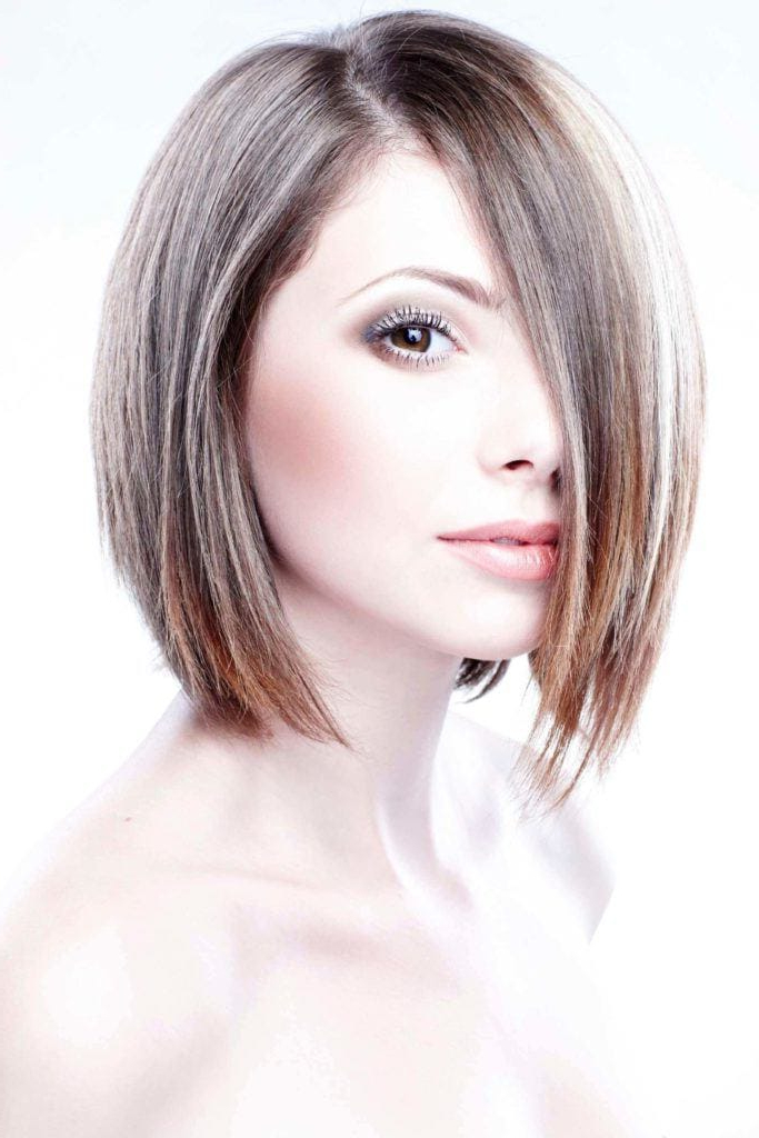 Bob Haircuts Guide: Inspirational Hairstyles, Tips And Trends Pertaining To Razored Brown Bob Hairstyles (View 21 of 25)