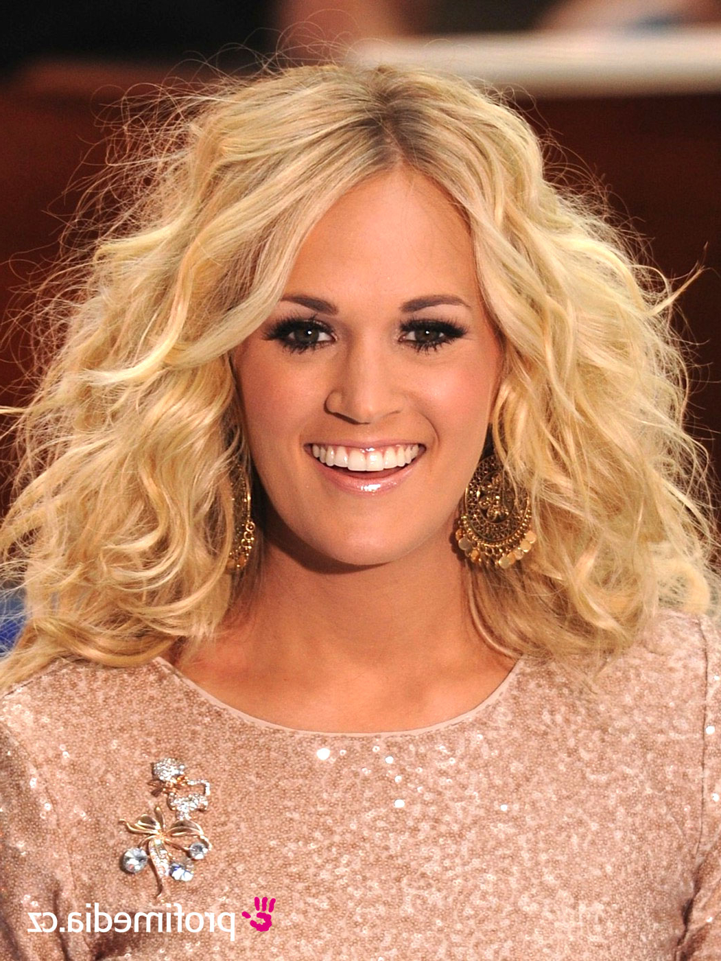 Carrie Underwood – – Hairstyle – Easyhairstyler Inside Carrie Underwood Short Haircuts (View 9 of 25)
