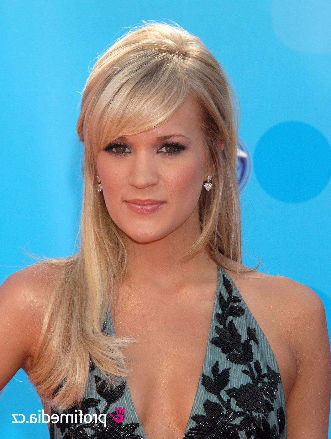 Carrie Underwood Short Hairstyles | All Hairstyles Within Carrie Underwood Short Haircuts (View 4 of 25)