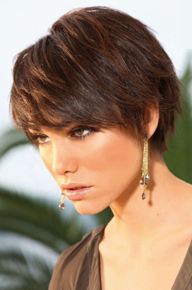 Casual Wispy Short Brunette Hairstyle | New Haircuts Ideas In Wispy Short Haircuts (View 12 of 25)