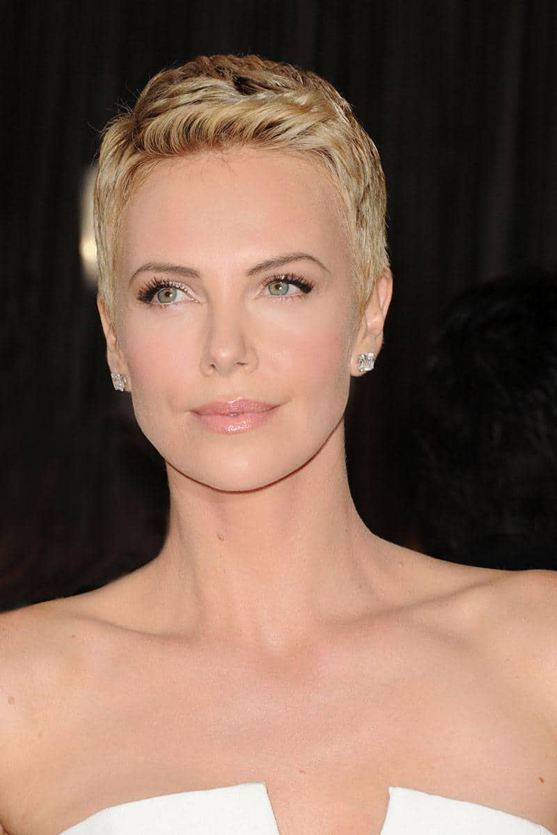 Celebrity Short Haircuts 2018 – 2019 Short And Cuts Hairstyles Within Celebrities Short Haircuts (View 8 of 25)