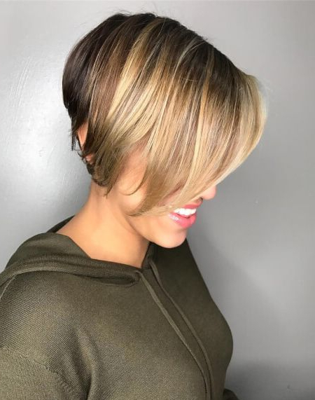 Chic Multi Dimensional Short Bob Haircuts 2018 | Hair Color Trends Pertaining To Short Bob Hairstyles With Dimensional Coloring (View 2 of 25)