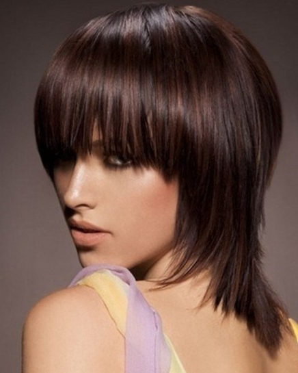 Choppy, Medium Hairstyles For Straight Hair – Popular Haircuts Within Disheveled Brunette Choppy Bob Hairstyles (View 18 of 25)