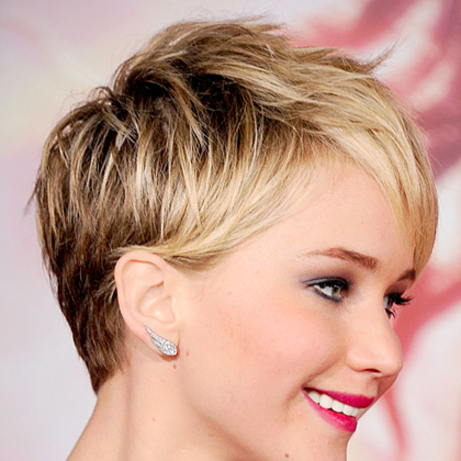 Chris Mcmillan's Top 7 Short Haircuts – Allure Within Jennifer Lawrence Short Haircuts (View 18 of 25)