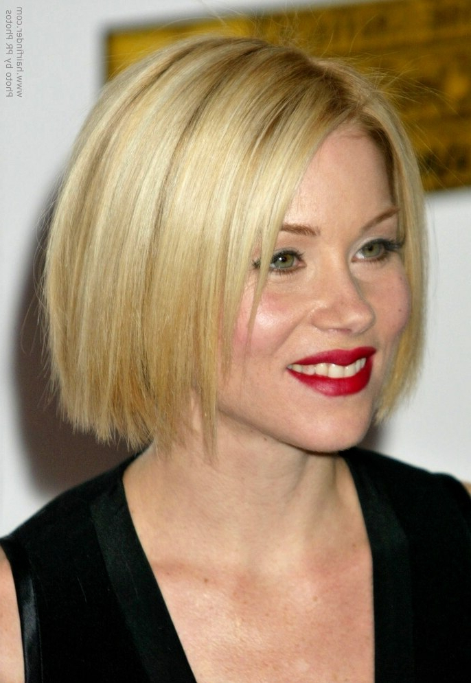 Christina Applegate Wearing Her Hair In A Classic Bob At Chin Length Inside Dark Blonde Rounded Jaw Length Bob Haircuts (View 21 of 25)