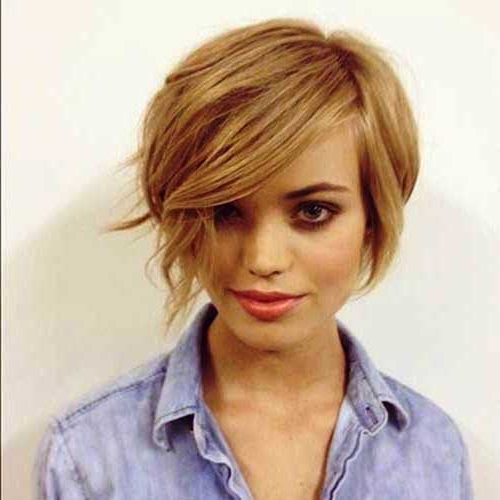 Classy Short Haircuts For Thick Hair | Hairstyles Update With Short And Classy Haircuts For Thick Hair (View 12 of 25)