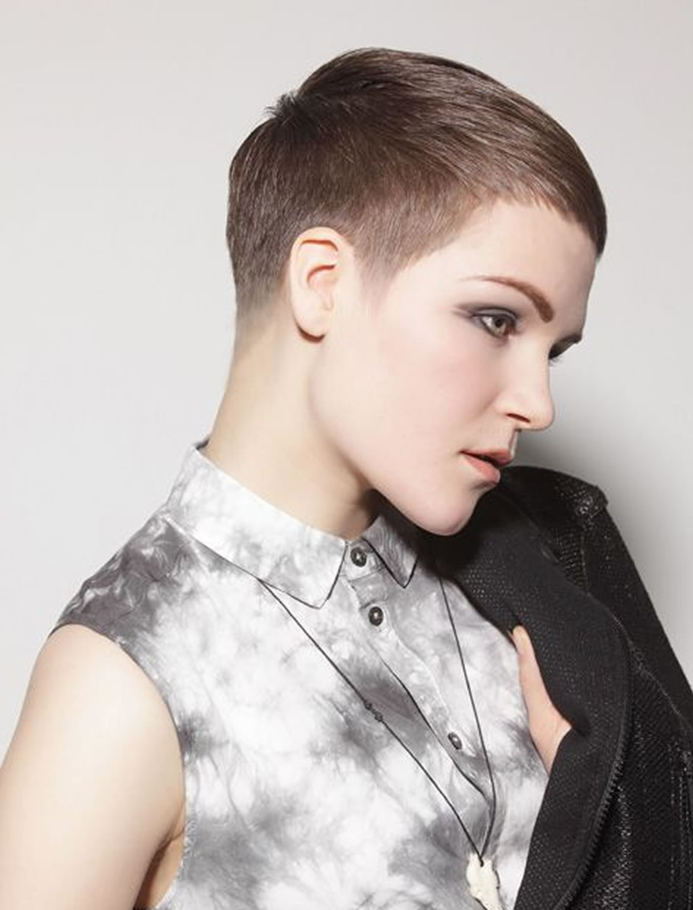 Cool Ultra Very Short Pixie Hairstyles For Thick Hair – Hairstyles Inside Very Short Haircuts For Women With Thick Hair (View 14 of 25)