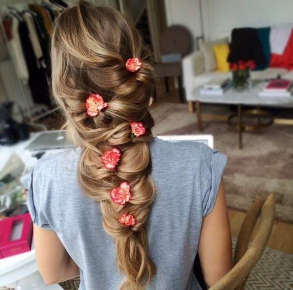 Copy This Ladylike Bow Braid With These Steps Inside Sleek Ladylike Ponytail Hairstyles (View 17 of 25)