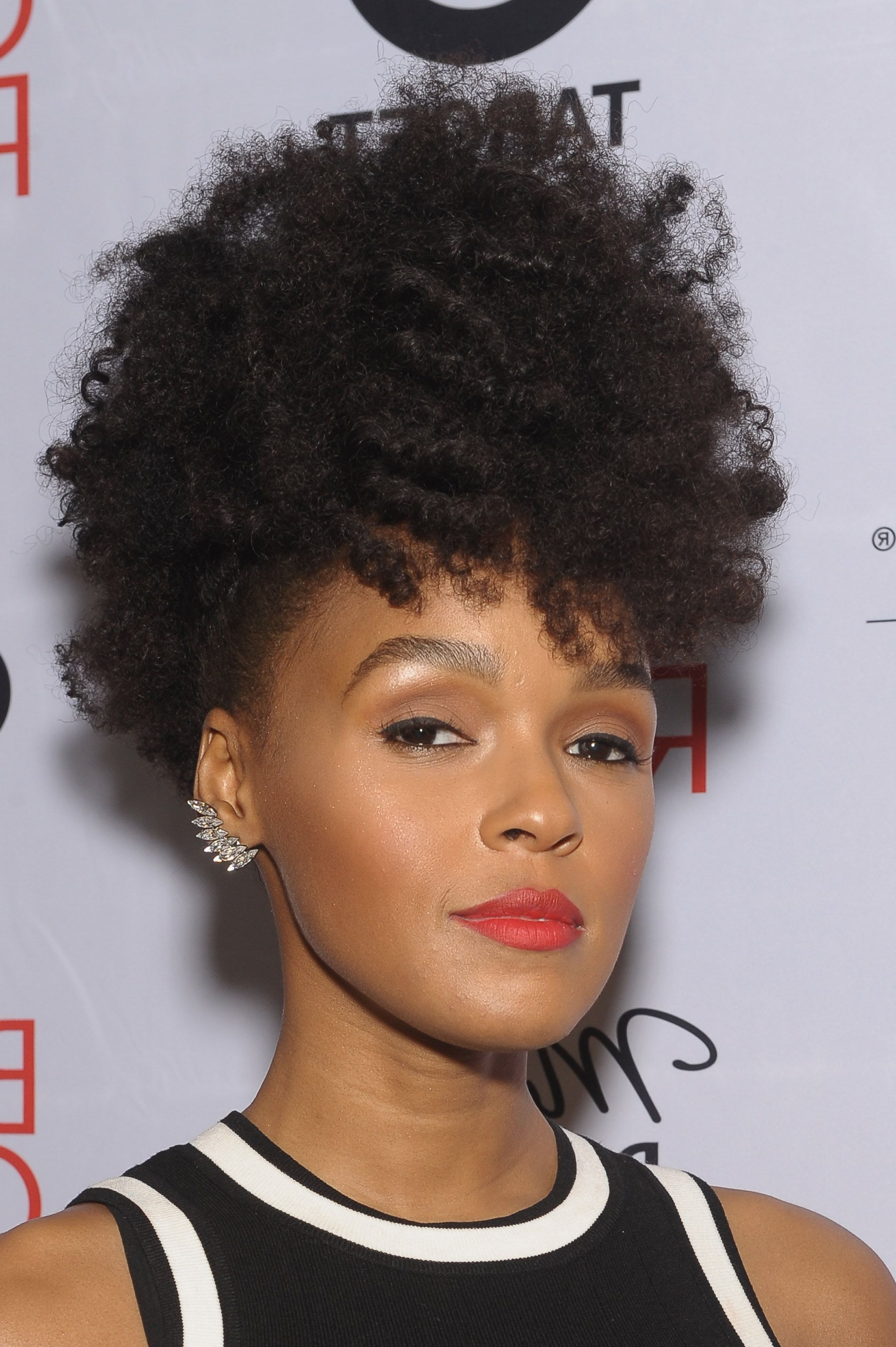Curly Hairstyles 2018 – 40+ Styles For Every Type Of Curl With Short Haircuts For Curly Black Hair (View 21 of 25)