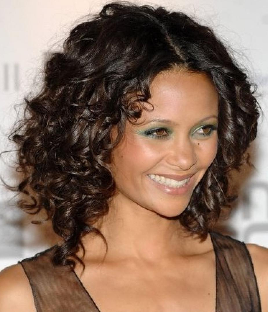 Curly Hairstyles For An Oval Face – Hair World Magazine With Regard To Curly Short Hairstyles For Oval Faces (View 4 of 25)