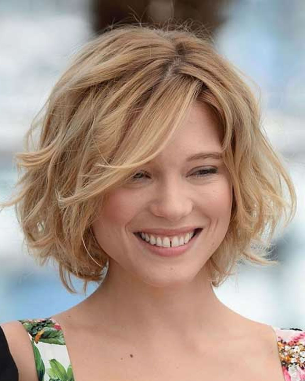 Curly & Wavy Short Hairstyles And Haircuts For Ladies 2018 2019 For Wavy Short Hairstyles For Round Faces (View 4 of 25)