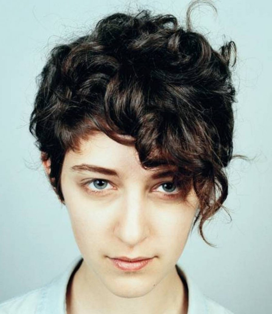 Cute Short Haircut For Thick Hair Hairstyles For Thick Wavy Hair Intended For Short Haircut For Thick Wavy Hair (View 3 of 25)