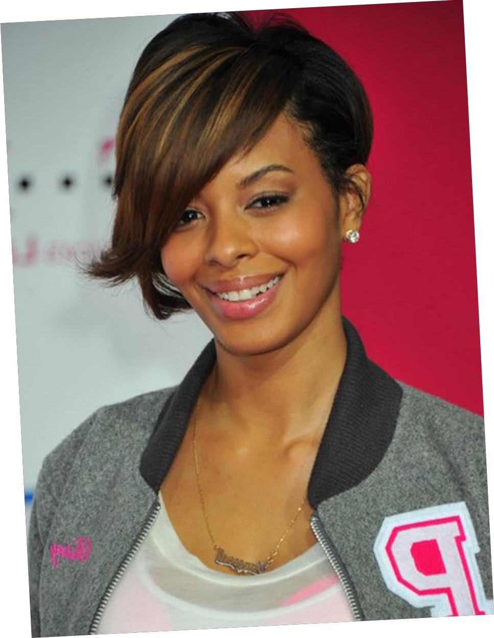 Cute Short Haircuts With Side Bangs Intended For Short Haircuts With Long Side Bangs (View 14 of 25)