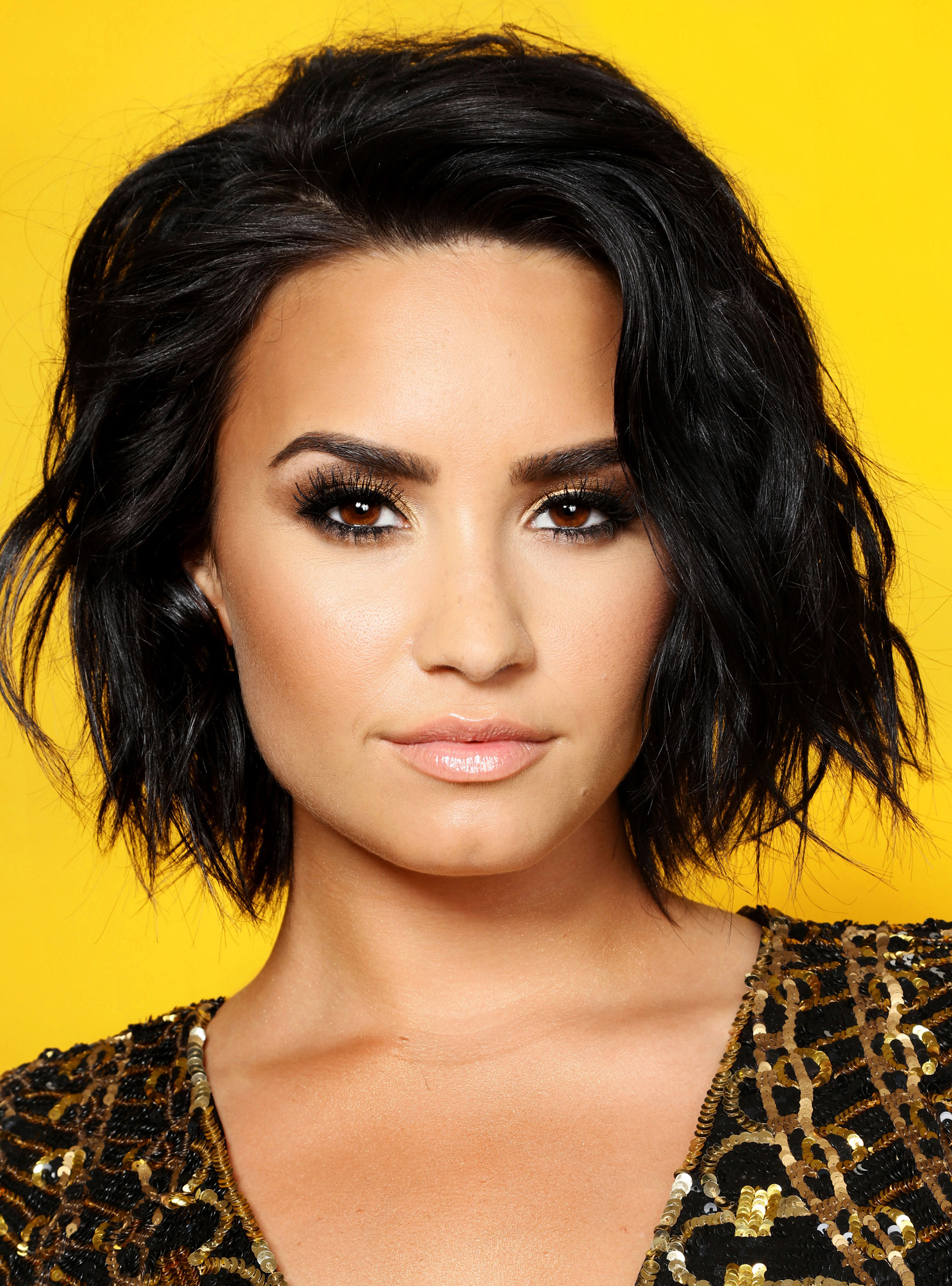 Demi Lovato Just Got The Perfect Late Summer Hair Color In 2018 Regarding Demi Lovato Short Hairstyles (Gallery 1 of 25)