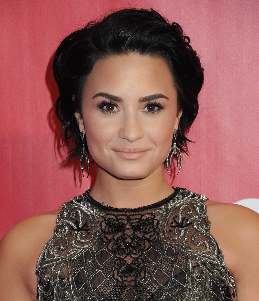 Demi Lovato: Rocker Short Hair | Celebrity Haircuts For Autumn 2016 Pertaining To Demi Lovato Short Hairstyles (Gallery 17 of 25)