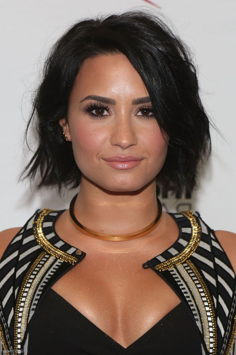 Demi Lovato's Summer Beauty: Wet Look Hair And Bold Lipstick pertaining to Demi Lovato Short Hairstyles