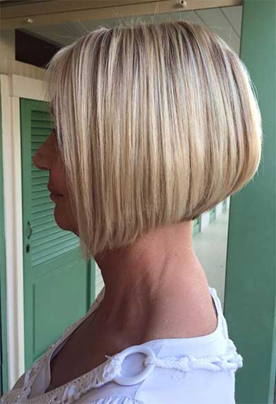 Different Bob Hair Styles Pertaining To Stacked Sleek White Blonde Bob Haircuts (View 21 of 25)