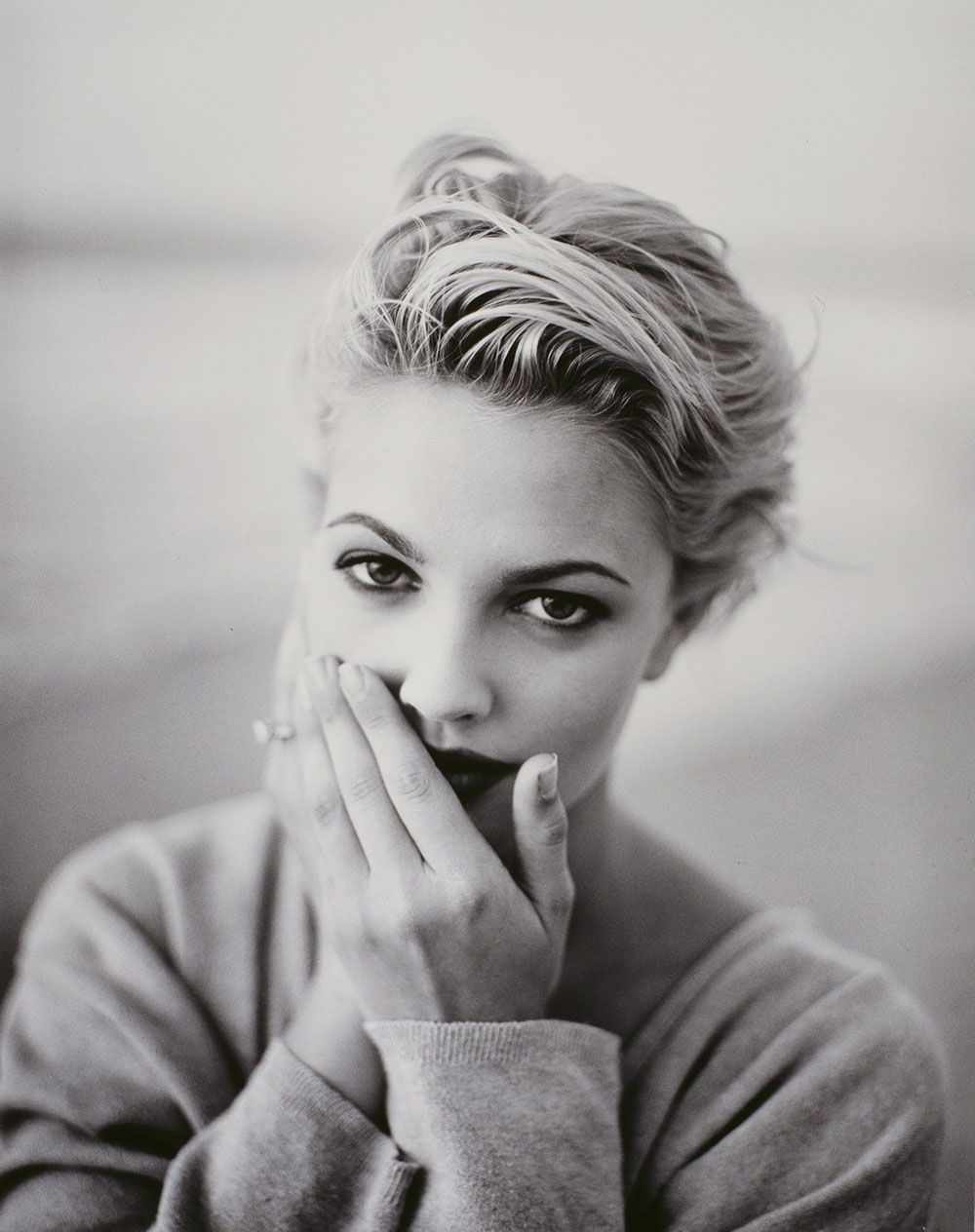Drew Barrymore 1990S Black And White | Short Bobs In 2018 throughout Drew Barrymore Short Haircuts