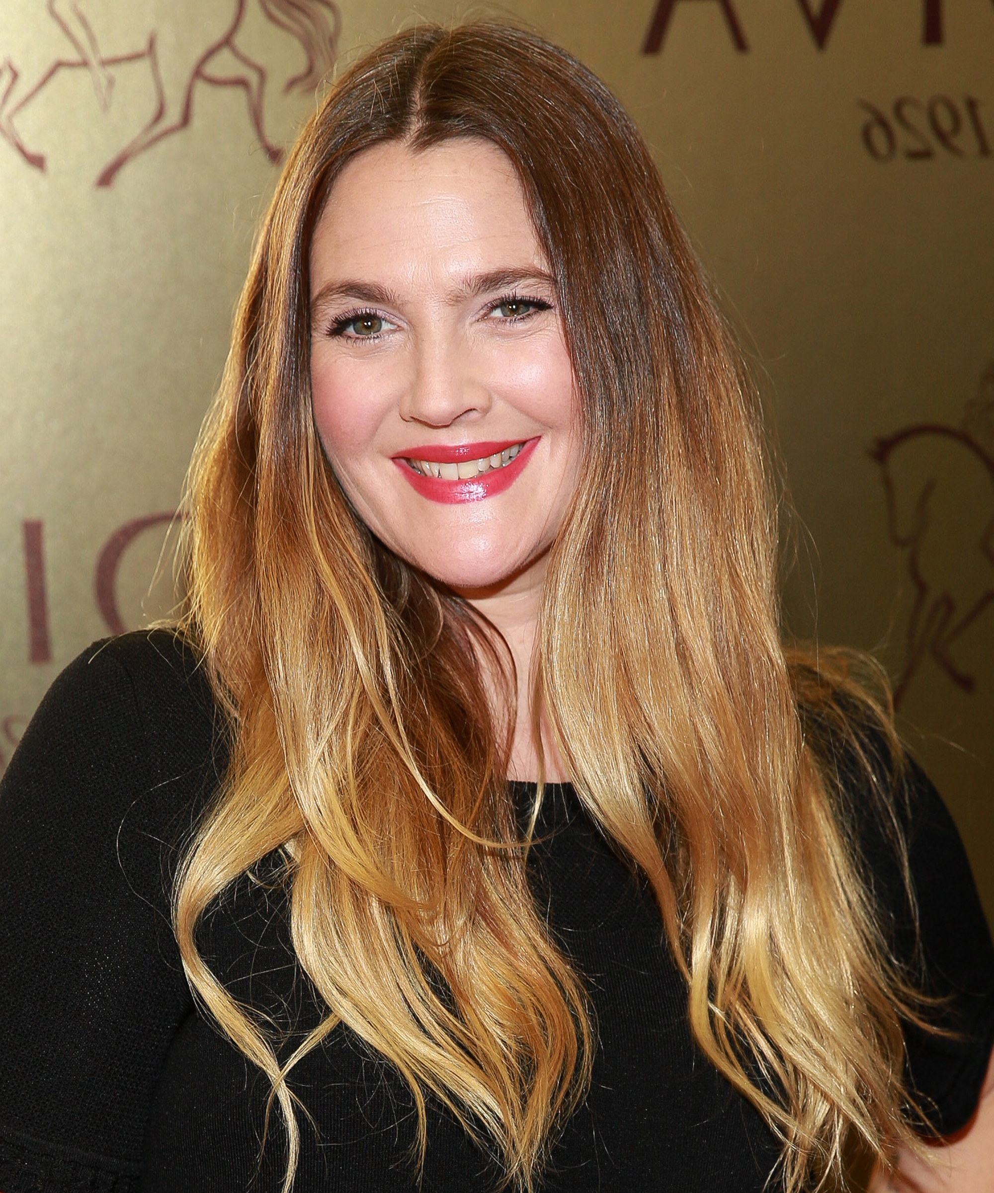 Drew Barrymore Discovers Snail Masks | Instyle with regard to Drew Barrymore Short Hairstyles