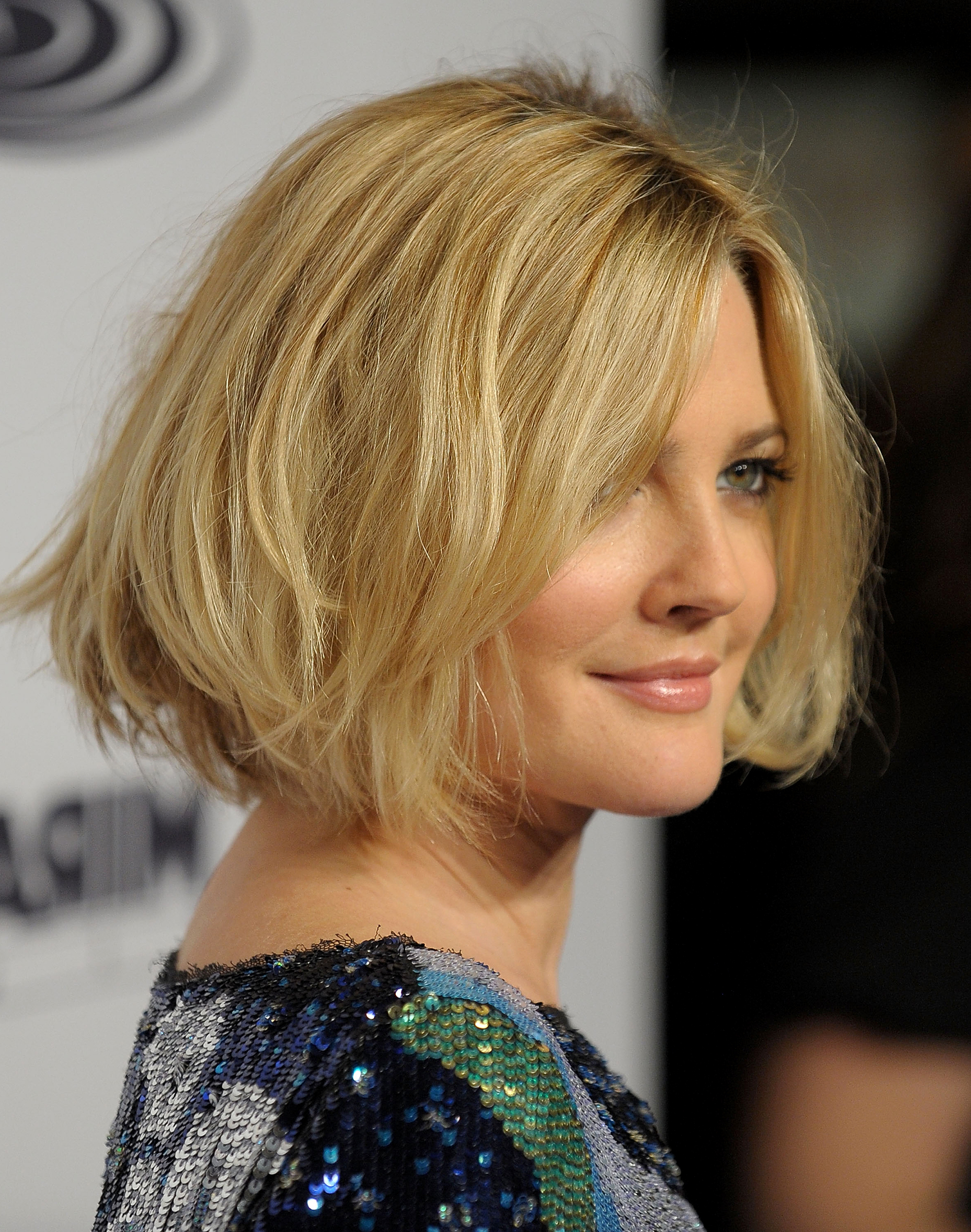 Drew Barrymore's Hair Evolution Pertaining To Drew Barrymore Short Hairstyles (Gallery 5 of 25)