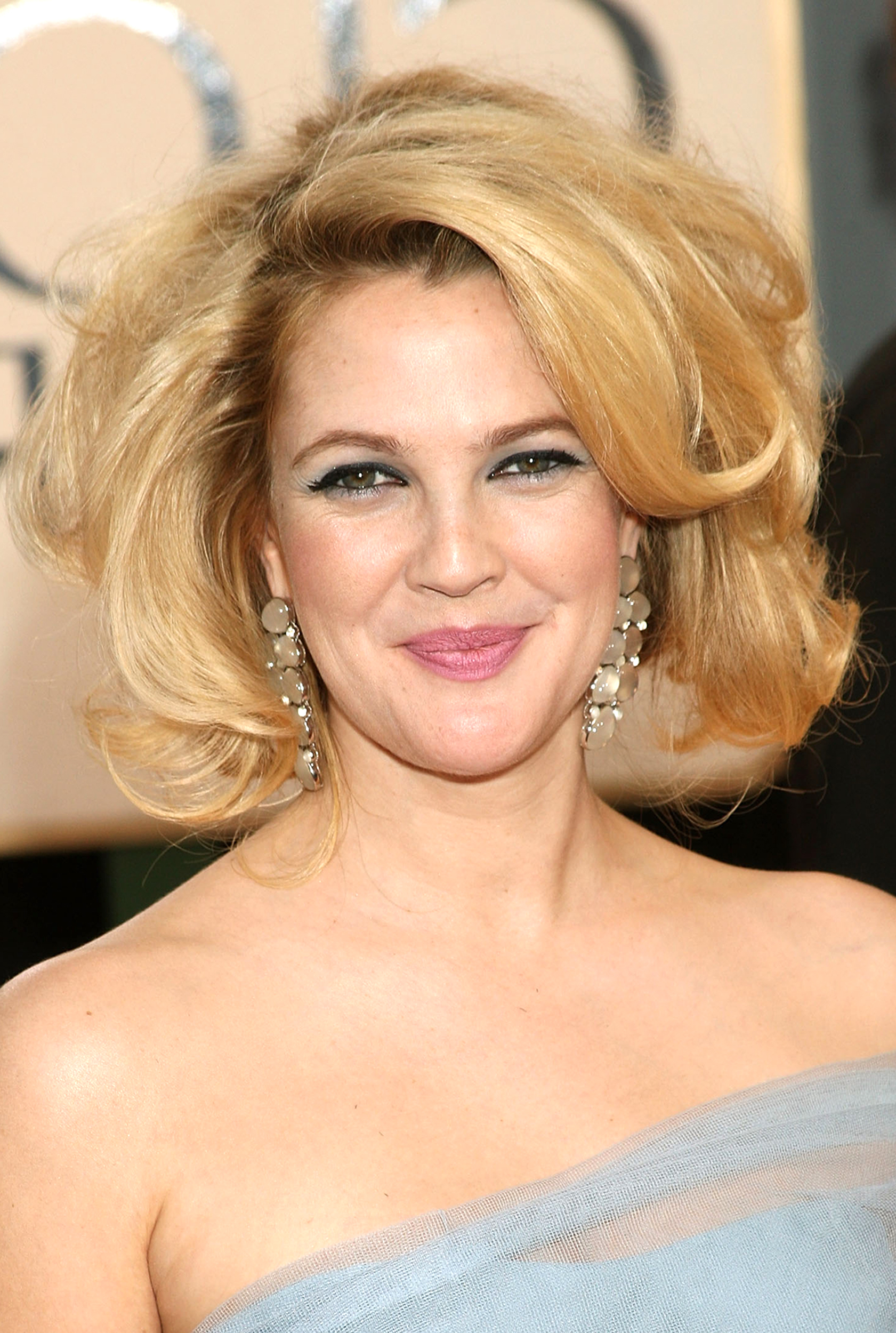 Drew Barrymore's Hair Evolution Throughout Drew Barrymore Short Haircuts (Gallery 13 of 25)