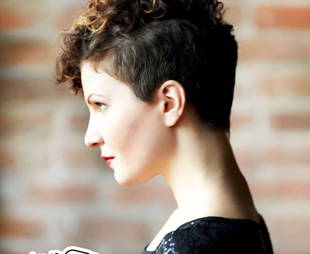 ? 24+ Awesome Natural Curly Short Hairstyles: Short Hairstyles In Naturally Curly Short Hairstyles (View 2 of 25)