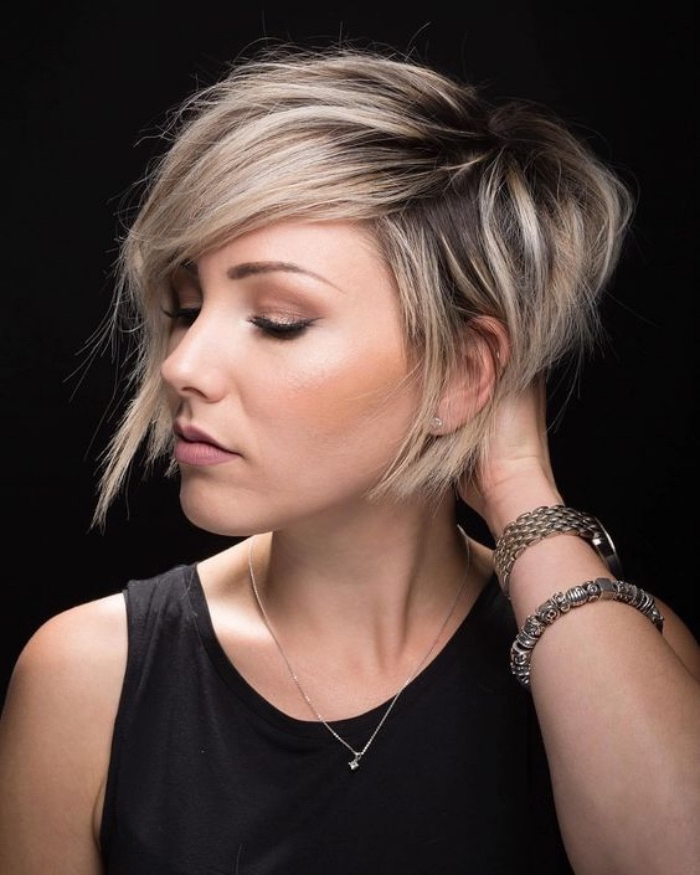 ?1001 + Ideas For Chic And Feminine Bob Hairstyles Regarding Chic Asymmetrical Haircuts (View 22 of 25)