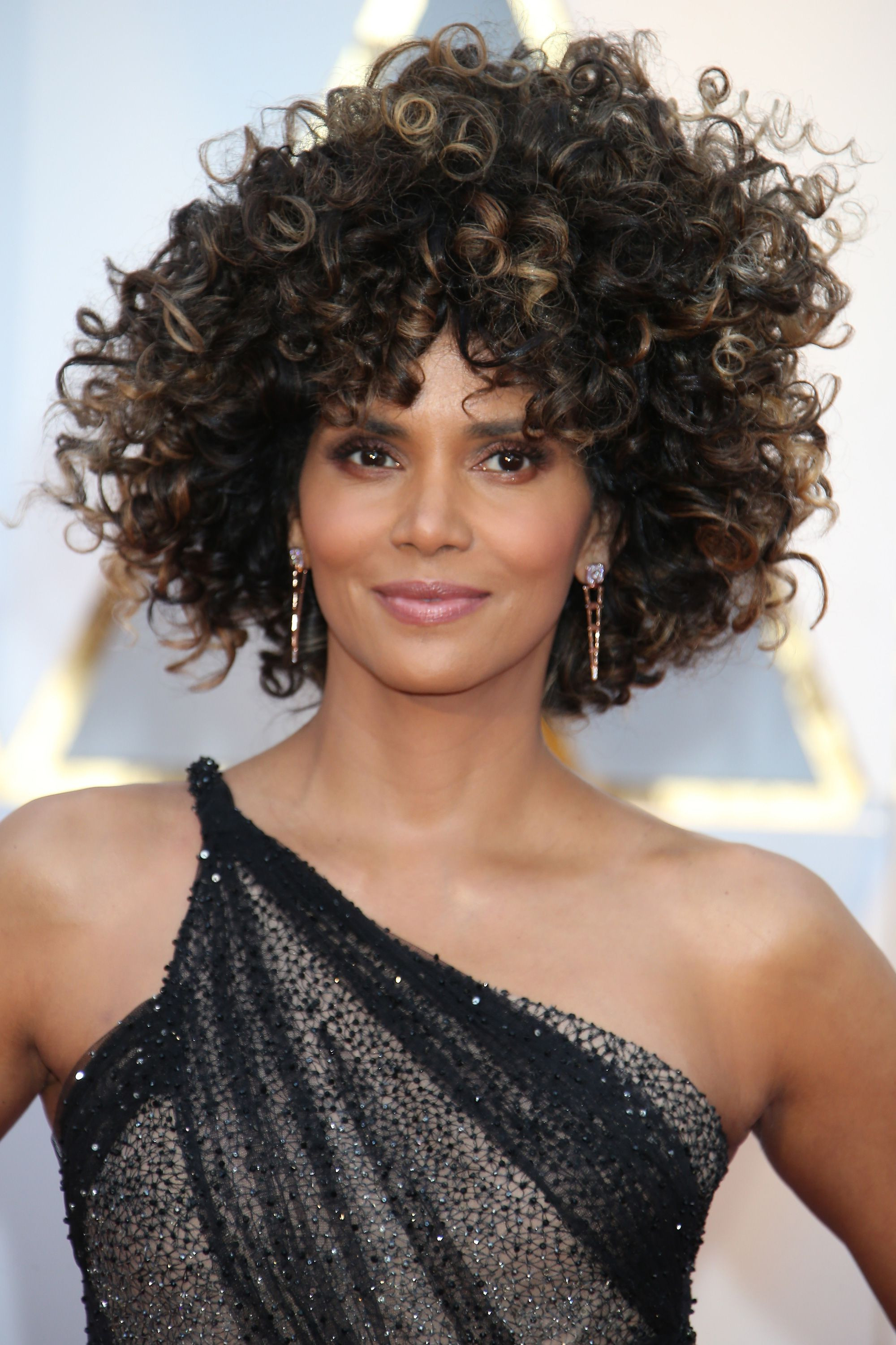 Easy Short Hairstyles For Thick Curly Hair New 42 Easy Curly With Regard To Short Haircuts For Very Curly Hair (View 20 of 25)