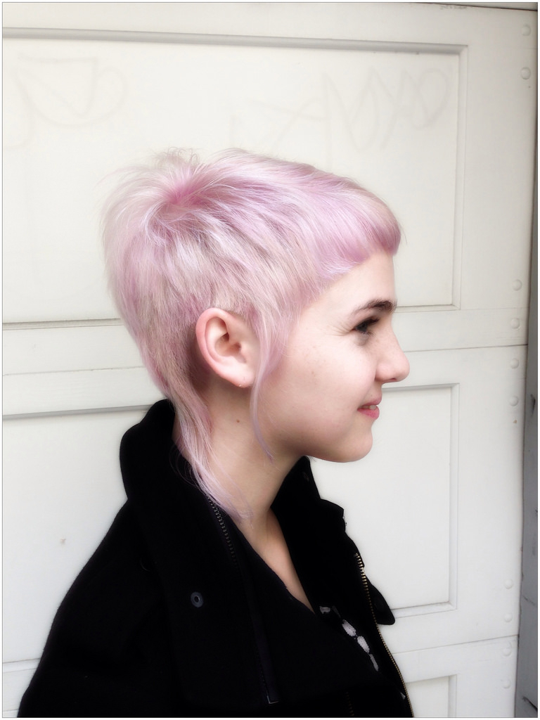 Elvin Asymmetrical Short Haircut With Pink And White (View 14 of 25)