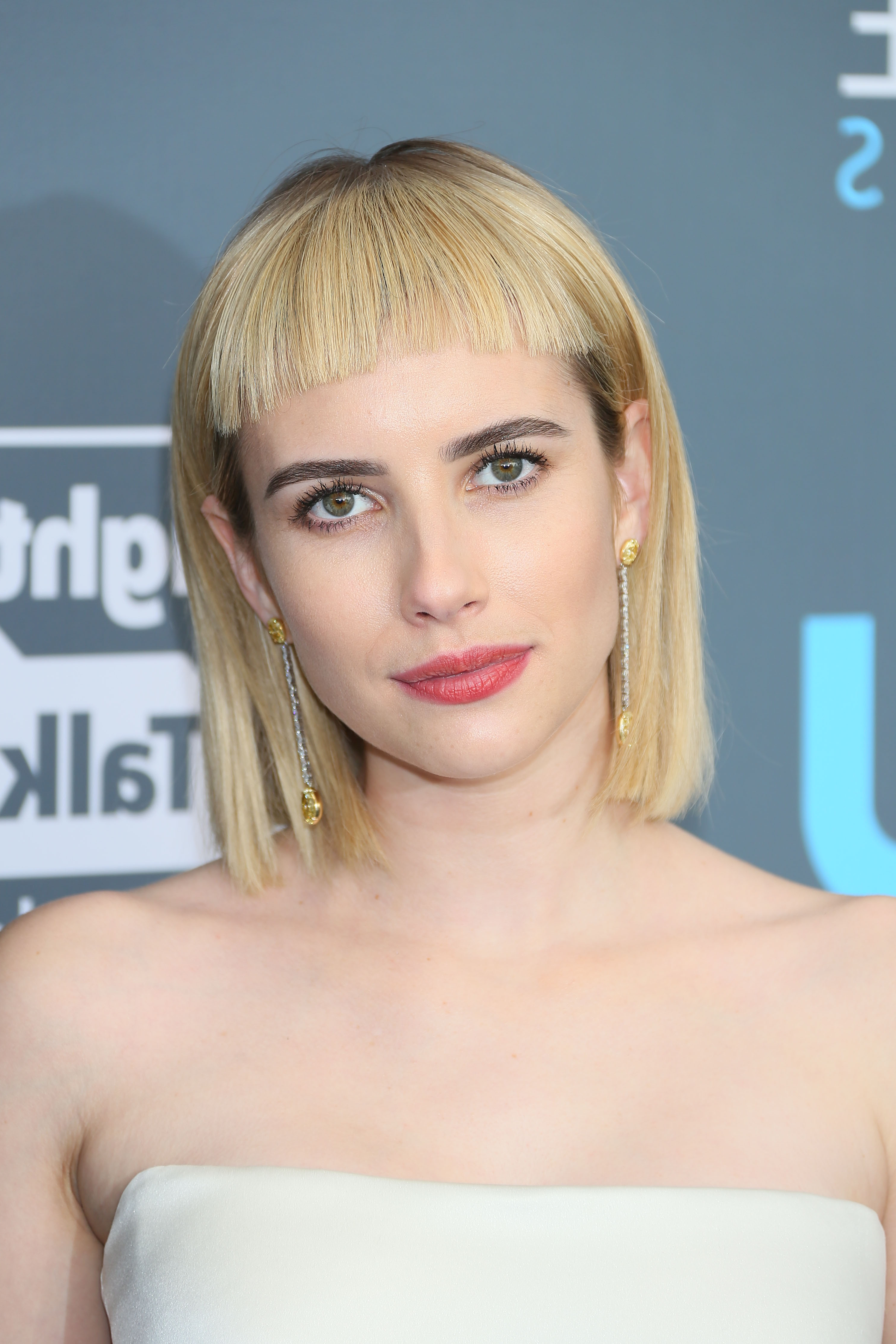Everyone Is Roasting Emma Roberts Over Her New Haircut And It's Pertaining To Short Hairstyles Cut Around The Ears (View 22 of 25)