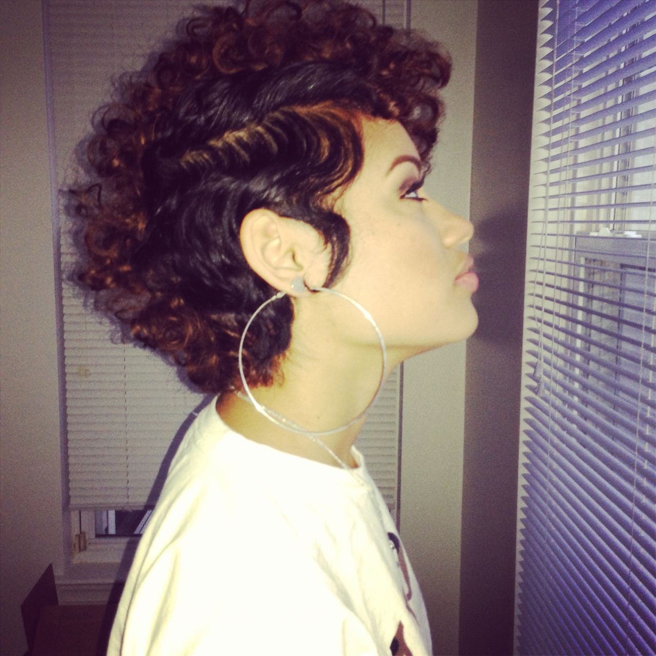 Featured Photo of Short Curly Hairstyles Tumblr