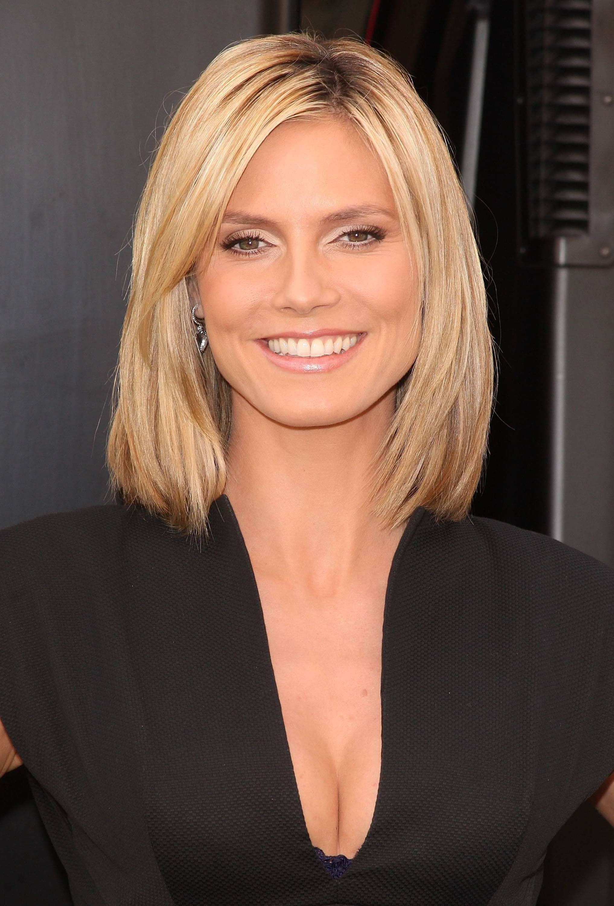 Find Out Full Gallery Of Awesome Heidi Klum Short Hair Pertaining To Heidi Klum Short Haircuts (View 11 of 25)