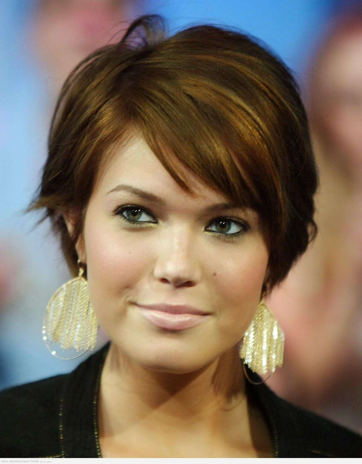 Flattering Hairstyles For Round Faces | Short Cool Hairstyles For For Flattering Short Haircuts For Round Faces (View 18 of 25)