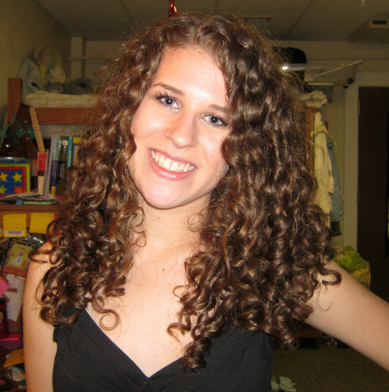 Fresh Short Hairstyles For Thin Curly Hair – Uternity Within Short Hairstyles For Fine Curly Hair (View 20 of 25)