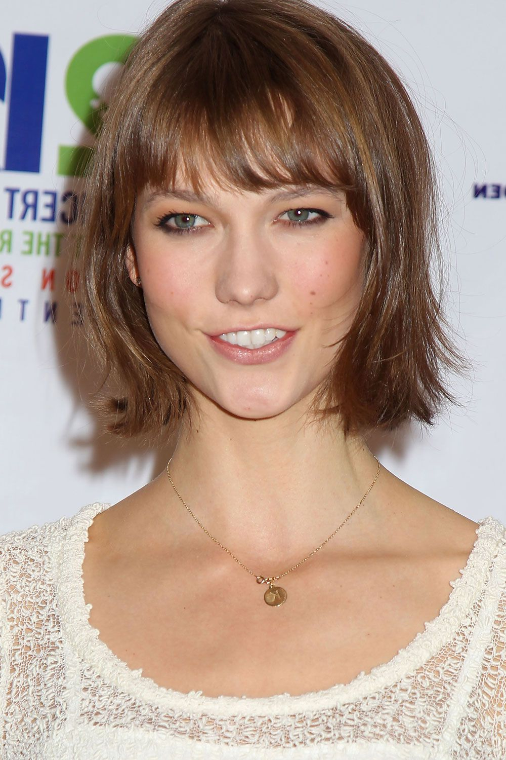 Fringes: Your A List Inspiration | Mid Length Hair, Round Brush And For Short Haircuts That Make You Look Younger (View 13 of 25)